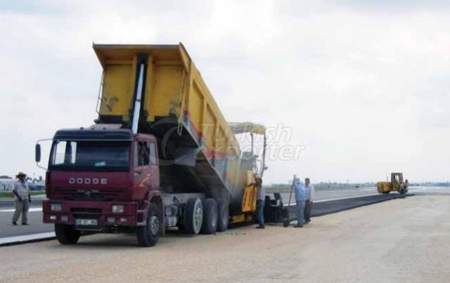 Runway Shoulders Asphalt Pavement