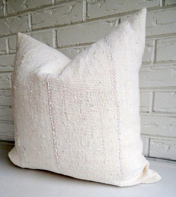 Pillow 323
