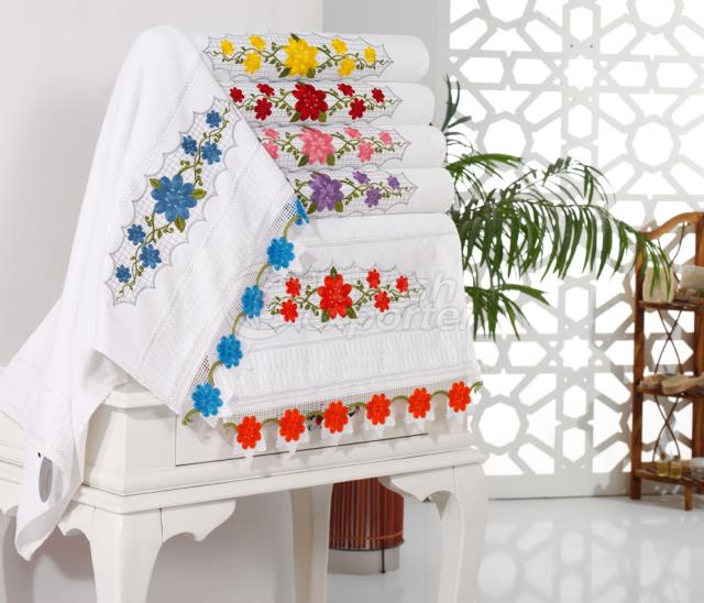 FAUNA NEEDLE LACE TOWEL