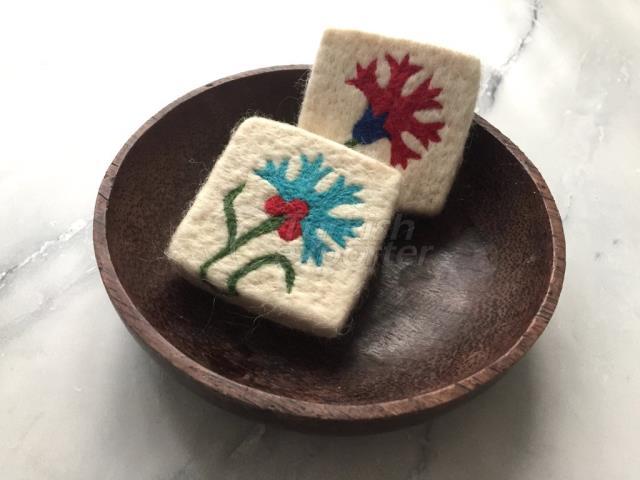 2 Carnation Felt Soap، فيلت ليف صابون، مجموعة صابون صابون مصنوع من الصوف المصنوع يدوياً، تقشير طبيعي