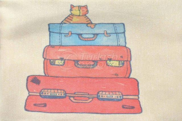 في عطلة ، انغلق الحقائب