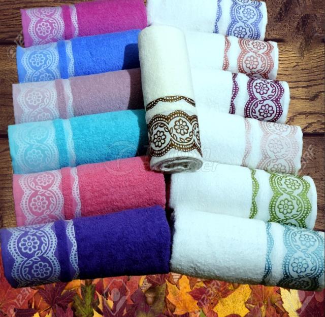 Bath Towel Lace Design