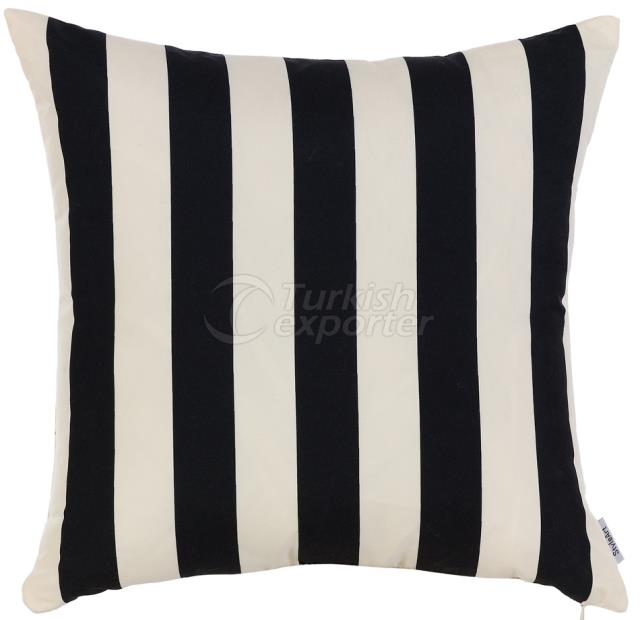 Feature black and white pillowcase